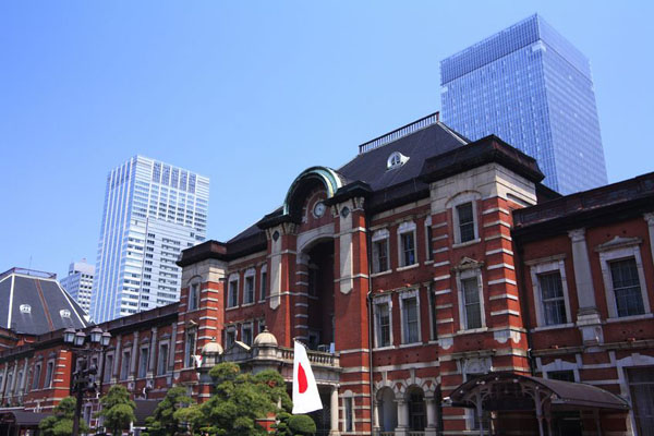 Tokyo Station Restaurants Offer Portals into World Cuisine