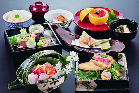 Japanese table manners savor japan for Authentic japanese cuisine