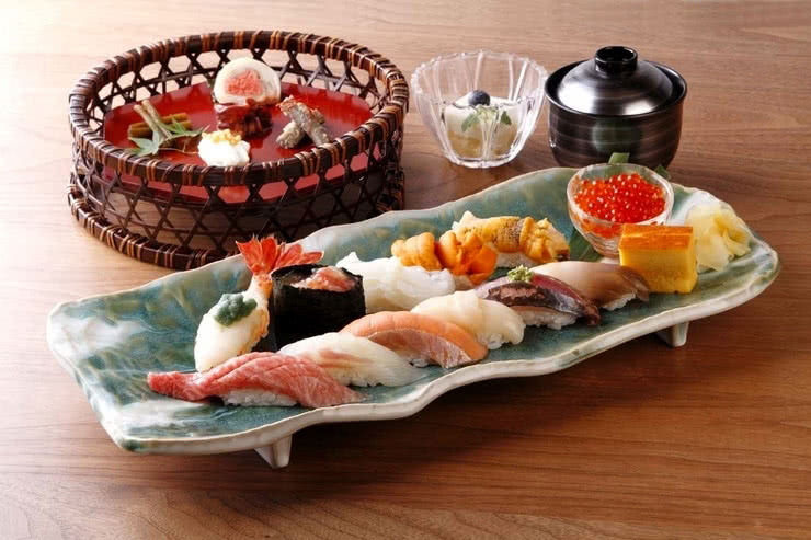 Ginza Sushi Restaurant Guide: 9 Sumptuous Seafood Treasures