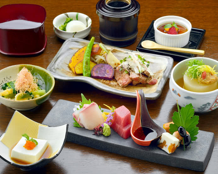 Kamakura Restaurants: 8 Eateries both Bold and Traditional