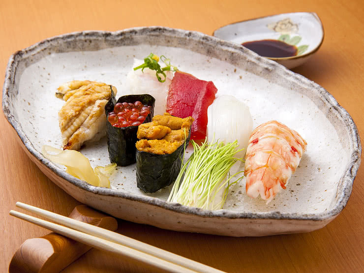 Hiroshima Sushi Restaurants: 8 Paragons of Coastal Cuisine