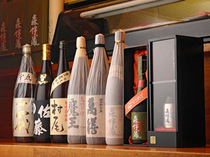 Kisoji_There are a range of different types of sake and premium shochu.