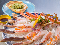 Kani Kaga Ryori Kadofuku_[Kanisashi (sashimi of crab)] Enjoy live crabs from Hokuriku.