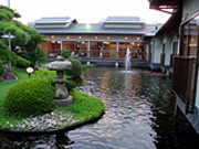 Aquatic Garden and Kyo Kaiseki Cuisine, Yakiniku, Nabe Cuisine -  Isshin_Outside view