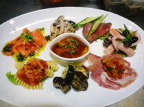 Pasta Restaurant Cascade_Today's hors d'oeuvres 4 pieces/9 pieces