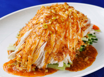 Szuchuan Restaurant Kinjo Main Store_Bang bang Chicken, a staple of Szuchuan cuisine that is popular year round
