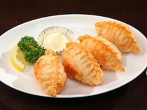 "Chinese Restaurant Chanchan_Shrimp-filled ""Fried Gyoza Dumpling"""