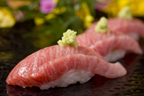 Sushiya no Saito_Pacific Bluefin tuna (luxury cut) of the highest quality, reared in Toi, Hokkaido