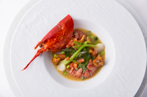 Restaurant Manoir d'Inno_[Lobster in Nage Style] with a luxurious savory taste of seafood