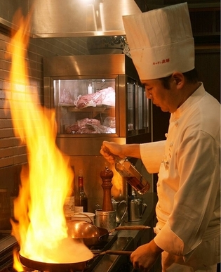 Steak House Kitchen Hida_Toshihisa Kawamoto