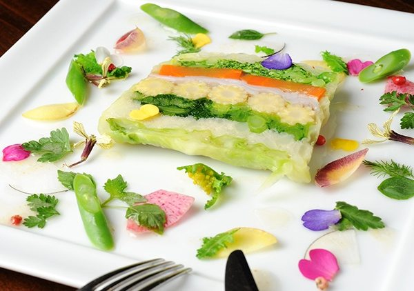 Dine like a gourmet on fresh Japanese spring vegetables only available in Japan.