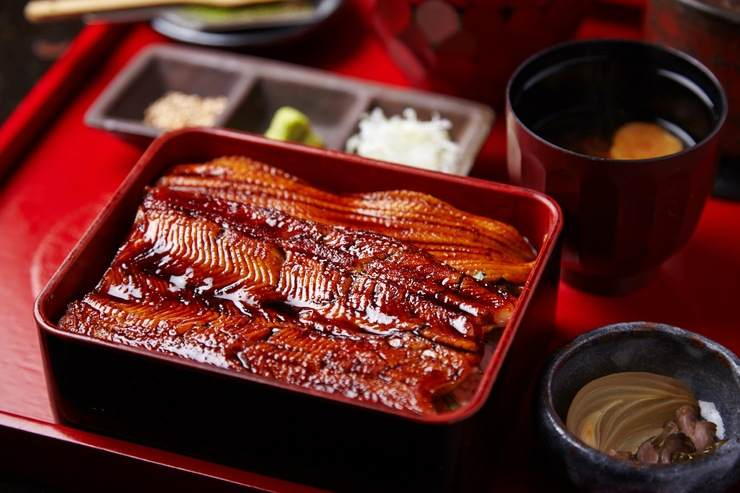 Unagi's distant cousin, anago. Everybody's favorite eel.